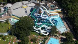 Tikibad Wassenaar: Subtropisch zwembad in Zuid-Holland