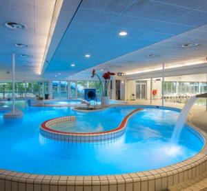 Subtropische zwembaden Utrecht, Het Kikkerfort in Breukelen