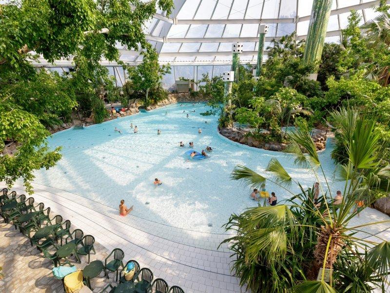 vakantieparken met subtropisch zwembad